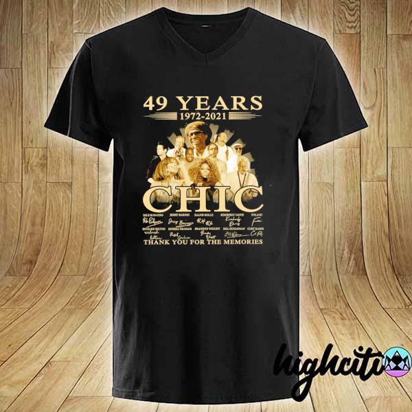 Awesome 49 years 1972 - 2021 chic nile rodgers signature thank you for the memories V-neck